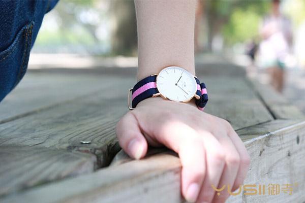 上海哪里回收DW手表
